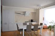 Трехкомнатная квартира  с индивидуальным отоплением в новом доме